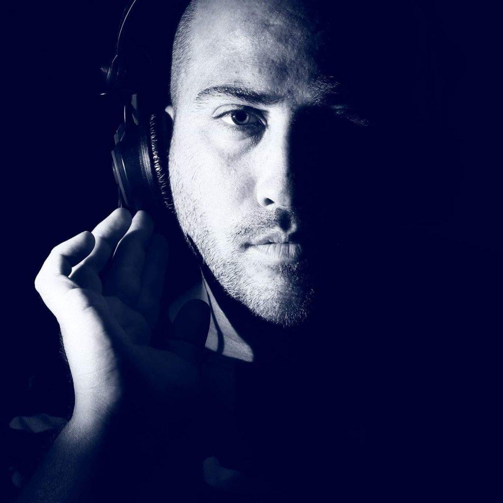 משה בי DJ MOSHE B